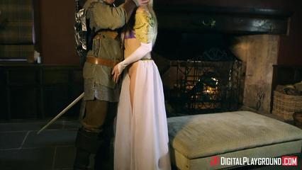 Эльф снимает с прекрасной принцессы пояс одиночества и трахает её